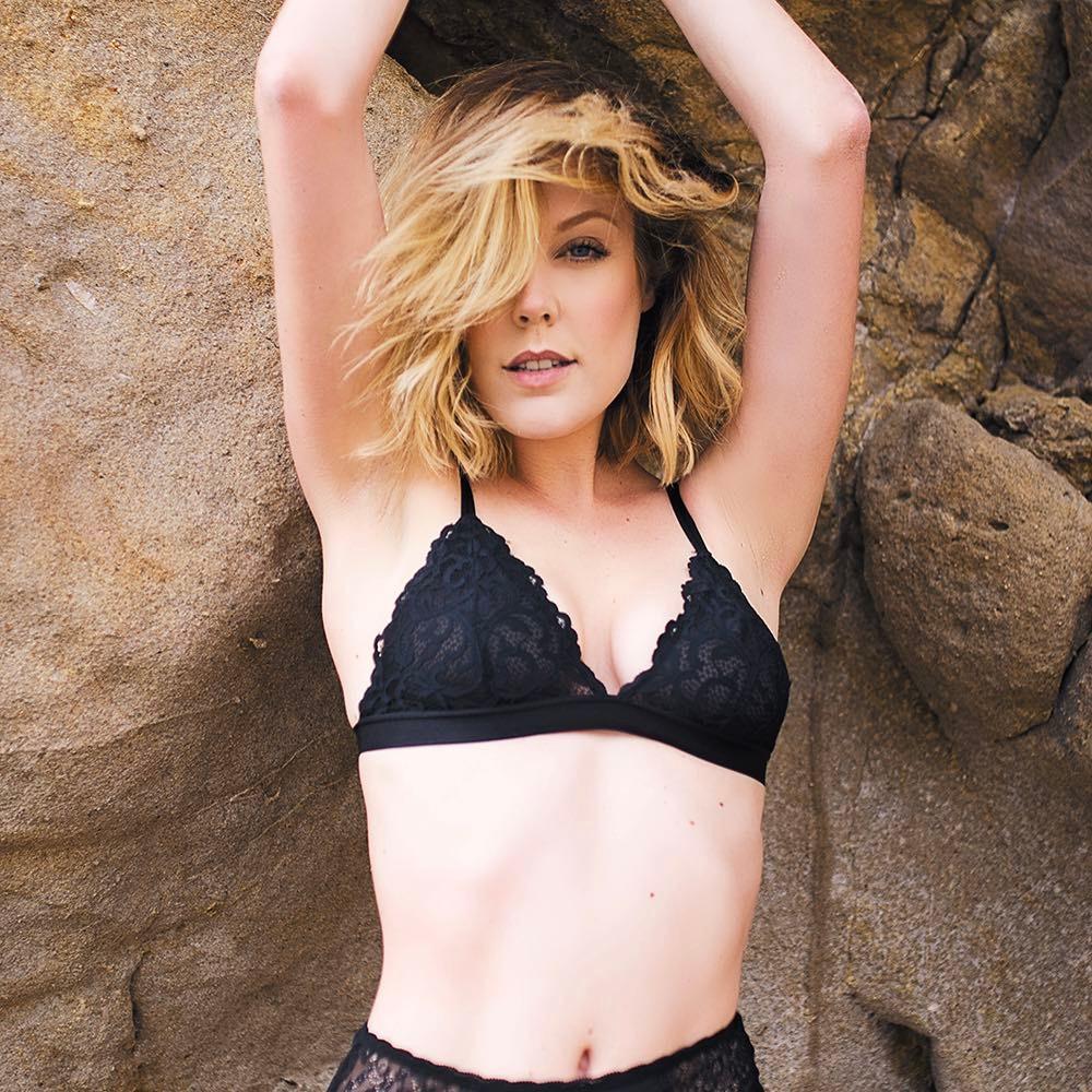 Gabrielle Romanello Nude Photos 98